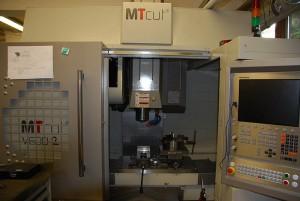 mt-cut-v60d-02